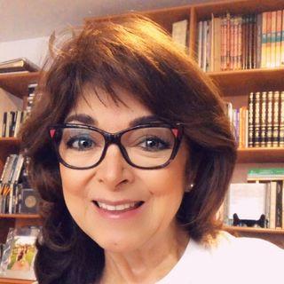 ¿Qué es estar empoderada?  Escucha a Yohana García, Psicóloga transpersonal.