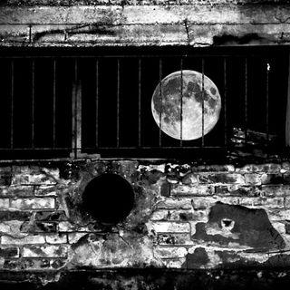 Theme variation : Gobba a ponente , luna crescente