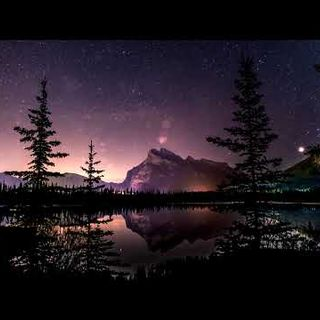 Warm Embrace - Time to Escape  Beautiful Chill Mix