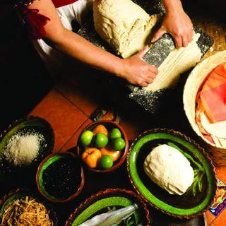Divulgación - 07 - La Tradición Gastronómica de Michoacán - Cultura Comunitaria, Ancestral y Viva