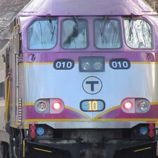 MBTA Commuter Rail Train Derails Outside North Station