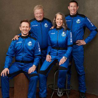 Il capitano Kirk a 90 anni per la prima volta nello spazio
