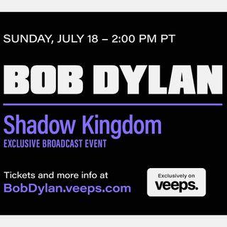 """Bob Dylan è tornato ad esibirsi dal vivo, con un concerto virtuale intitolato """"Shadow Kingdom"""" rimasto online fino al 20 luglio."""