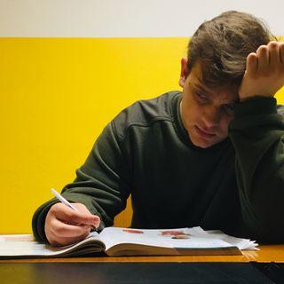 #medicina Siamo stanchi, troppi compiti!
