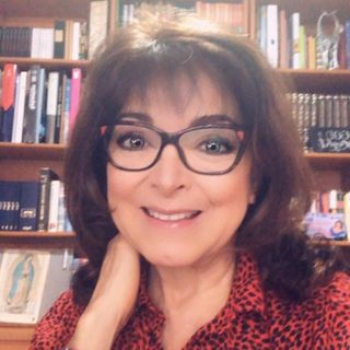 Dominika Paleta te dirá cómo verte espectacular usando técnicas antiguas y la ciencia a tu favor.