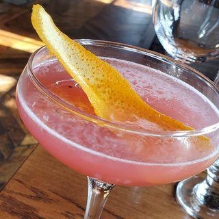 Bartender Shake-Off with Rivermarket's Emilio Ugarte
