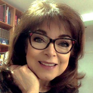 """La Dra. Rosa Argentina Rivas Lacayo con el tema: """"El Sentido de la Navidad y sus valores""""."""