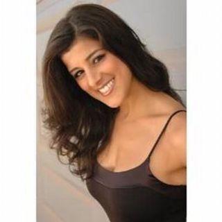 Chat wFormer Raiderette Nicole Rodrigues