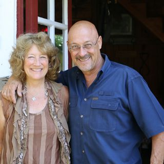 Rosevine Inn in Tyler, Texas - Bert and Rebecca Powell on Big Blend Radio
