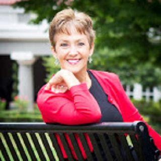 Author, Elizabeth Lewis  - First Date Next Mate