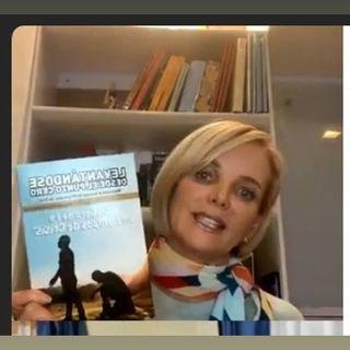 JANETH HINOSTROZA en La Presentacion Del LIbro Levantándose-desde-el-punto-cero .mp3