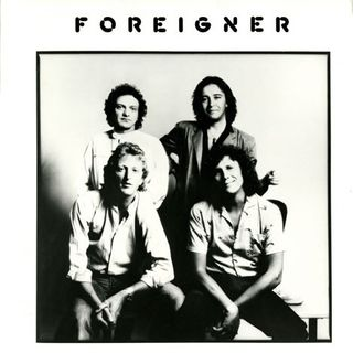 Andiamo al 1981 per parlare dei FOREIGNER e della loro hit URGENT