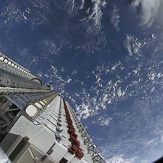 AstronautiCAST 13×28 – Nord-sud-ovest-est e forse quel trenino neanche c'è