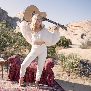 Singer and Songwriter Joylissa talks #music, and new single HOME on #ConversationsLIVE ~ @joylissa