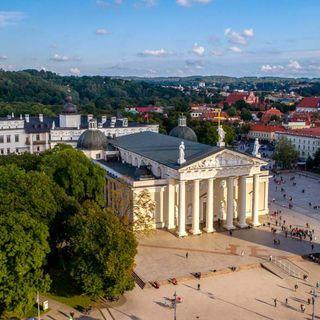23 - Tre simboli della religiosità lituana