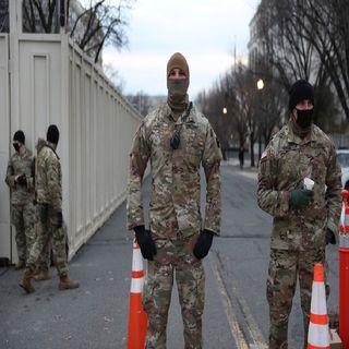 Soldados de la Guardia Nacional se han instalado al interior del Capitolio en Washington