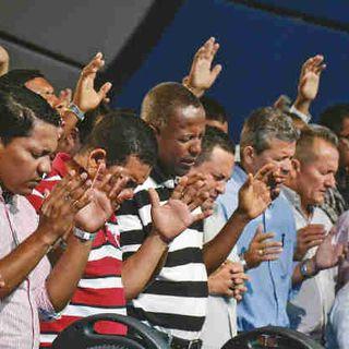 Grupos religiosos se resisten al confinamiento