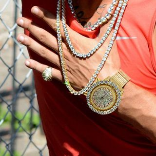 Embrace The Hip Hop Culture With Some Of The Finest Hip Hop Jewelry