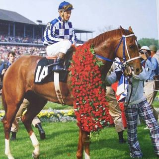 What does gold and Secretariat have in common