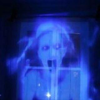 A GHOST N MY WINDOW