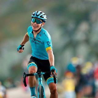 Tour de France: Miguel Angel Lopez si prende la tappa regina. Duello sloveno per il trionfo finale