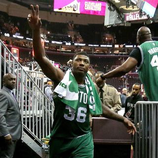 Sports & Swag Podcast 5/22/17: Lebron disappears, Marcus Smart and Celtics Take Advantage