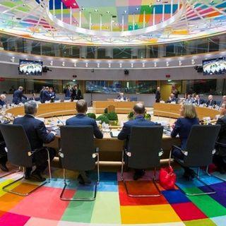 Fumata nera nel primo giorno del Consiglio Europeo. Scontro Italia-Olanda sul Recovery Fund