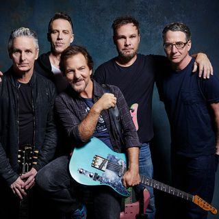 Episode 105 - Robbie.G Show Top 10 Humpdown: Pearl Jam!