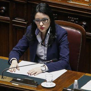 Scuola, Azzolina ai sindacati: si riapre a settembre. A Salvini: pronto a sfidarlo in tv