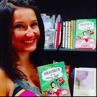 "Francesca Lombardo e la sua -BEATRICE AND LONDON BUS - :""Best children's books about London"".  Spesso a Londra ci si sente soli..."