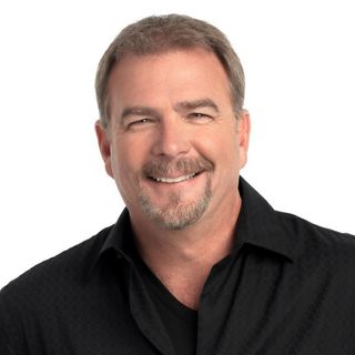 Comedian Bill Engvall on Behind the Mitten