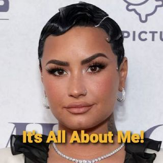 "Demi Lovato Shows Her A$$ Making DMX's Tragedy All About Her."" Let's Talk.🖕😒🖕"
