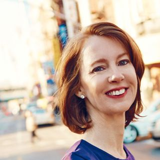 Bestselling author Gretchen Rubin stops by #ConversationsLIVE
