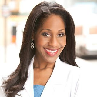 Dr. Jennifer Caudle shares #hearthealth tips during the #covid19 pandemic on #ConversationsLIVE ~ #tylenol @drjencaudle