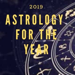 Kornelia Stephanie special guest host: How to begin 2019 Empowered.  Astrology Rocks with Janet Hickox