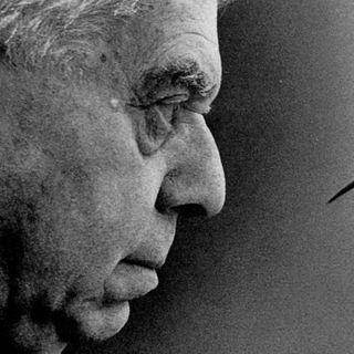 LA CASA DEI DOGANIERI di Eugenio Montale letta da Angelo Callipo