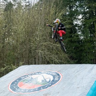 Meet the founders of Loam Lander Inflatable MTB and BMX Airbag Landers