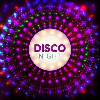 Viernes de Pishi Paryyyy... Disco Night en Mixología Alterna