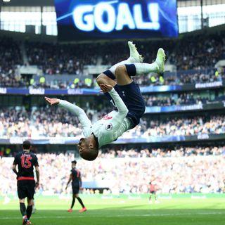 Lucas Moura hat-trick sinks Huddersfield
