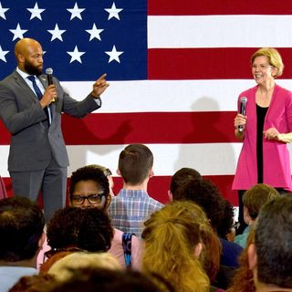 Ep: 38 Elizabeth Warren Stops By Central Gwinnett High School On Saturday