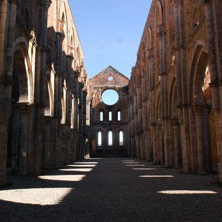 Audioviaggio 1 - Abbazia di San Galgano. Oggi Book Your Italy è in TOSCANA