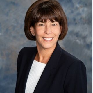 Episode 59: Debbie Grinstein, Esq, Officer, Farmers Trust Company Officer/Non-Profit Professional
