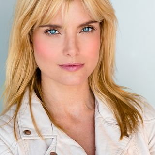 Russian-American actress,comedienne and model Eugenia Kuzmina is my very special guest on The Mike Wagner Show!