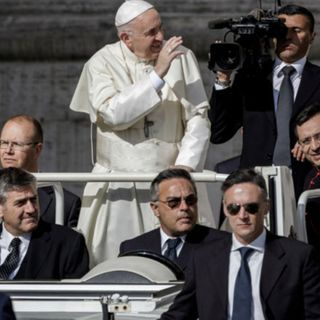 Pope Francis says New World Order needs to happen now with United Nations in charge