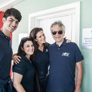 Andrea Bocelli Foundation e la raccolta fondi per potenziare la didattica digitale, ne parla la Presidente Laura Biancalani