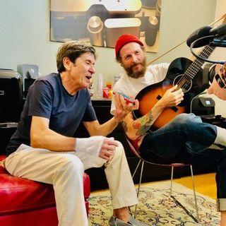 """Parliamo di Gianni Morandi e Jovanotti, è infatti uscito il singolo """"L'allegria"""", frutto della loro collaborazione."""
