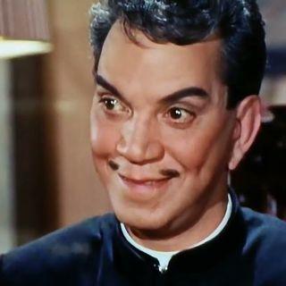 Cantinflas El Padrecito Jugando Póker (Fragmento)