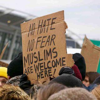 #87: Muslim Travel Ban and An Angry Atheist
