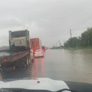 Cerrada autopista Monterrey-Nuevo Laredo hasta nuevo aviso