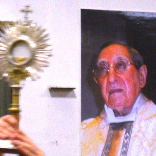 Dimenticare se stessi e diventare intercessori - Padre Matteo La Grua